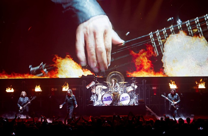 "Black Sabbath's Geezer Butler: ""I was born to play bass""…"