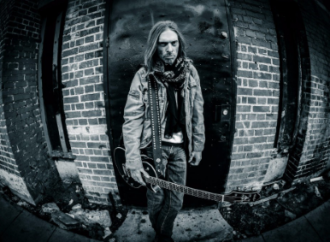 Rex Brown: Shaking Shit Up…
